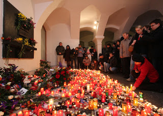 RIP Vaclav Havel and Merry Free Christmas